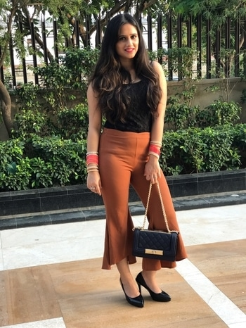 G😊😊D MRNG FAM..!! A positive attitude will lead to positive outcomes.😊😊 #plixxo #plixxobypopxo #plixxoblogger #bloggerlife #fashionblogger #thegorgeousbae #lovelife❤️ #jaiguruji @plixxo @popxodaily