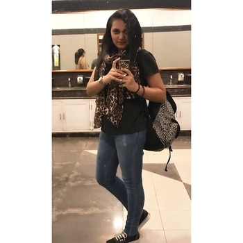 Your wings already exist. All you need to do is to fly⚡️ . Airport look be like 💯 . #TheJessicaPancholi #TJP #Wanderlust #Travel #LetsGo #Airport #AirportLook #Denims #BasicTee #Vans #Boho #BohemianBag #Bohemian #WashroomSelfie #Journey #Destination #Goa #Summer #Beach #GirlGang #Indigo6E #Blogger #IndianBlogger #TravelBlogger #LifestyleBlogger #BloggerLife #IndianFashionBlogger #RoposoTalentHunt