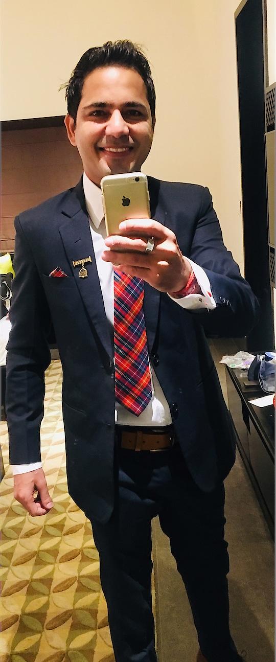 #suit #formals #blue #tie #cufflinks #pocketsquare #dude