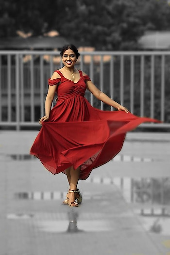 ~~Tumble and twirl ~~ . . let me take away all your Monday blues : Wearing @shein_in @sheinofficial . Retouch credits @anshcreation01  Pc - @akash.anand2016  The short link is: http://bit.ly/2P8CSgF  search ID :529879 : : The coupon code is cupid03 , enjoy ₹300 off on orders over ₹2300. The code is valid to 1.OCT : #shein #missfashioncupid #sheinofficial #sheingals #sheinstyle #shubhiprakash #ootd #potd #style #fashionblogger #influencer #delhiblogger #indianblogger