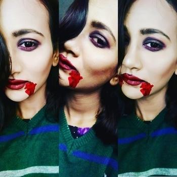 😈😈 #vampire #vampiremakeup #fantasymakeupart #fantasymakeupartist #bloodymary #bloodyface #bloody #vampirediaries #vampires #vampirelife #professionalmakeupartist #makeupartist #mumbaimakeupartist #meghnasakat  #meghnasakatmakeup  #MakeupNMe 😈😈 #makeup