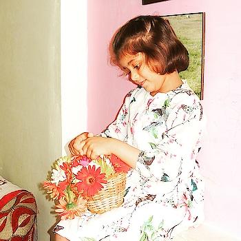 Let your dreams blossom...... . . . #lucknowbloggersofficial  #fashionblogger  #lucknowfashionbloggers  #indianblogger #minimodel  #minidiva  #instakids  #kidsfashion  #like  #lovelykids  #little_supermodel  #littlefashionista  #bloggerswanted  #follow  #lucknowdiaries  #model  #cuteblogger  #asianblogger  #momandbabygirl  #blochmodelsearch2016  #lucknowfashion  #childblogger  #childmodel  #ootd #fashionbeautikids