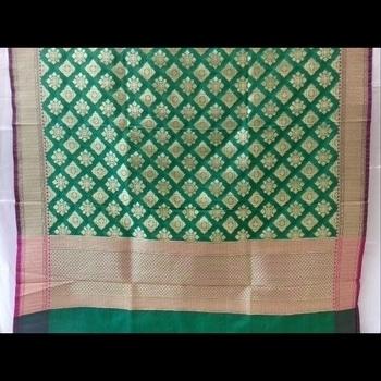Banarasi Dupatta At Rs.3990/-  free Shipping In India. Shop now #dupatta #dupattaonline  #blogger #indian #banarasi #handloom #handwoven #dupattas #shopnow
