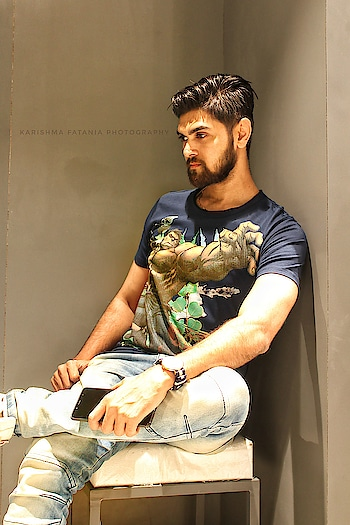 ¶ If Eyes Could Speak, One Look Would Say Everything ¶ . The uber cool range of tees from the Avengers infinity war collection by indigo nation. All set to watch the movie in my avengers gear. #IndigoNation #AvengersInfinityWar #infinitywarcollection . Place: R City Ghatkopar Brand: Indigo Nation @indigonationhandle P.C: Karishma Fatania @kanu_bhalsod17 . #ootd #avengers #infinitywar #avengersinfinitywar #infinitywarcollection #indigonation #thecreativenation #outfitoftheday #avengerstee #tshirt #tee #clothing #mensclothing #fashion #influencer #mensfashion #lifestyle #blogger #lifestyleblogger #fashionblogger #styleblogger #style #fashioninfluencer #lifestyleinfluencer #instagram #dapper #plixxoblogger #mensxp