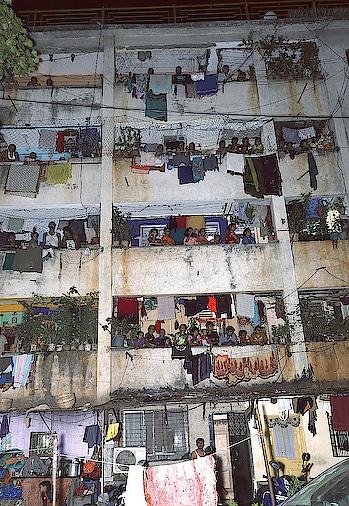 City of Dreams  bt no place to sleep  people watching shooting we are dream sellers world is consumer..irony #streetphotography #bandra #realitycheck #streetsofmumbai #everydaymumbai #storiesofindia #stevemccurry #shooting #film #travelindia #followforindia #behindthescenes #nitinkaushik #atpeace