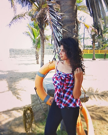 stripes and sea...😝 #best #summers #chilling #indianbeach #roposobabe #ootd #stripesforever #fashion #indianlabel #vibes #seaside