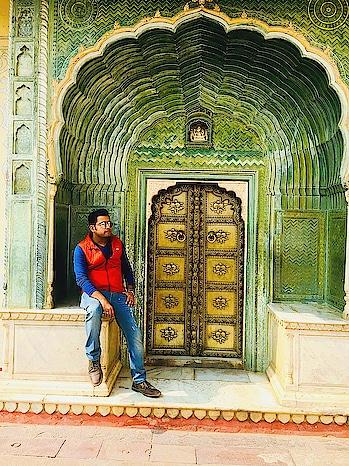 #jaipur #pinkcity #royaltouch #beauty #citypalacejaipur #musafirchannel #musafir #travellerforlife #travel-love #youtuber #travelblogger #aroundyou
