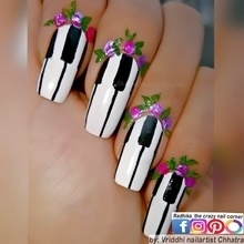 Piano Nails. 💐🎹💅💐🎹💅💐🎹💅💐🎹💅💐🎹💅 Black n White World. Music World. #nails #nailartwow #nails2inspire #nailartoohlala #nailartfeature #freehand #nailsartcentral #featurednailart #pianoart #justgoshoot #simplynotlogical #visualsoflife #exploretocreate #love #igers #artistuniversity #instagoodmyphoto #HairandFashionAddict #notd #nailsofinstagram #artisticdreamerss #arts_help #artworks_feature #weloveyournailart #justartshelp #inkfeature #mynailsnaps #nag_repost #help___artist