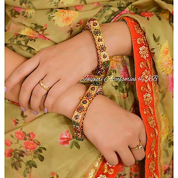 Absolutely Drolling Over these Gorgeous Square Bangles  Collab With @darzigiri  Dm or whatsapp 7503577614 to order  #jewellery #jewellerylove #canada #punjabiwedding #sardari #vancouver #dress #suits #patiala #beautiful #makeup #hudabeauty #_jaipuri_jewels #brands #ethnic #accessories #jewels #britishcolombia #dubai #europe #motivation #style #luxury #fashion #likes #likes4likes #follow #followuo