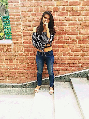 I speak fluent sarcasm...  . . . . . . . .  . .. . .#fashion #be-fashionable #woman-fashion #summerfashion #crop #top #croptop #offshouldertop #black-white-striped #sexy #pants #flats #bloggerdiaries #natural-hair #sarcasm #love #likeforlike #followforfollow #roposo #blogging #pose