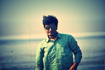 #sea #sun #water #dslrphotography #pose #poser #roposo pos#  #portrait