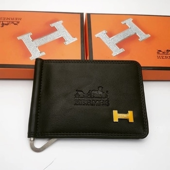 Hermes  Proce rs 900 Money cliper  Master AAA copy , claasy high quality rich look trendy wallets 😍✌🏻 For further details or Order DM or whtsapp on 9870557205 💫 #ootd #outfitoftheday #lookoftheday #TagsForLikes #fashion #fashiongram #style #love #beautiful #currentlywearing #lookbook #wiwt #whatiwore #whatiworetoday #ootdshare #outfit #clothes #wiw #mylook #fashionista #todayimwearing #instastyle #TagsForLikesApp #instafashion #outfitpost #fashionpost #todaysoutfit #fashiondiaries