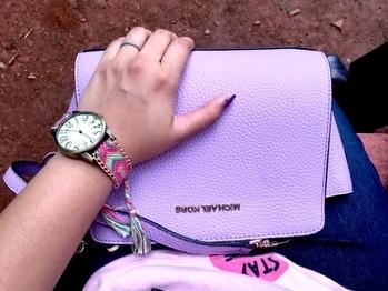 Deets ✨  . . . . . . . #soroposo #roposo #roposoblogger #michaelkors #handbag #details #thebgwardrobe #blogger #fashionblogger #bangalore #bangalorefashionblogger #bangaloreblogger #indianblogger #indianfashionblogger #lifestyleblogger #indianlifestyleblogger