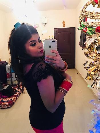 Bringing in 2019 with a bang✨ #roposo #chennaifashionblogger #makeupartistindia #eye-makeup #fullfacemakeup #lookgoodfeelgood #lookgoodfeelgoodchannel #muaindia #muaworldwide #chennaifashion #chennaimakeupartist #chennaimua #roposofeatureme @roposocontests @roposotalks