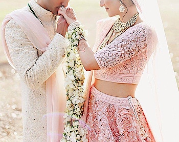 The perfect touch for the perfect wedding.  Photography Credits: @ivyimages   #weddingasia #exhibition #2018 #photography #fashion #weddinginvitations #newdelhi #ludhiana #bangkok  #wedding #love #happiness #bride #groom #newchapter