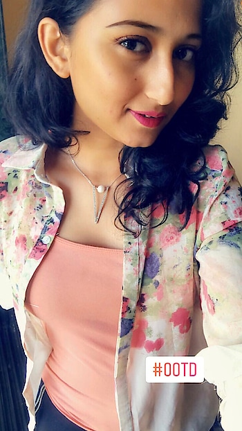 #ootd  Layer a sleevless top with a printed shirt for a casual outfit. . . Instagram: @thestyleinfusion  Blog: www.thestyleinfusion.com Youtube: The Style Infusion (don't forget to subscribe)  #ootd #ootdshare #casual #layering #shirt #styledbyme #blogger #allaboutfashion&lifestyle #stylingtips #roposo-style #stylistlife #followme #thestyleinfusion