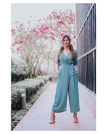 Jumpsuits solve your AM dilemmas -just put it on and you're ready to walk out the door🧚🏻‍♂️ // @marieclairefashion_ind ⠀⠀⠀⠀⠀⠀⠀⠀⠀⠀⠀⠀⠀⠀⠀⠀⠀⠀⠀⠀⠀⠀⠀⠀⠀⠀⠀⠀⠀ ⠀⠀⠀⠀⠀⠀⠀⠀⠀⠀⠀⠀⠀⠀⠀⠀⠀⠀⠀⠀⠀⠀⠀⠀⠀⠀⠀⠀⠀⠀⠀⠀⠀ ⠀⠀⠀⠀⠀ ⠀⠀⠀⠀⠀⠀⠀⠀⠀⠀⠀⠀⠀⠀⠀⠀⠀⠀⠀⠀⠀⠀⠀⠀⠀⠀⠀⠀⠀⠀⠀⠀⠀ ⠀⠀⠀⠀⠀⠀⠀⠀⠀⠀⠀⠀⠀⠀⠀⠀⠀⠀⠀⠀⠀⠀⠀⠀⠀⠀⠀⠀⠀⠀⠀⠀⠀⠀ ⠀⠀⠀⠀⠀ ⠀⠀⠀⠀⠀⠀⠀⠀⠀⠀⠀⠀⠀⠀⠀⠀⠀⠀⠀⠀⠀⠀⠀⠀⠀⠀⠀ Love this two in one style jumpsuit from @marieclairefashion_ind ! Shop from @myntra ... supper stylish & comfy, it's perfect for summers #summerof2019 #summer2019 #summerstyle #summerfashion #summer #jumpsuit #greenjumpsuit #rompers #casualfashion #marieclairefashion_ind #mahhimakottary #pony #heels #style #glam #makeup #hair #fashionfeed #fashionzone #styleproblems #styledilemma #fashionstylists #fashionzone @krishnakalalphotography