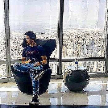 At The Top Feels like Khalifa !!😅 #atthetop #burjkhalifa #148thfloor #royal #model #modellife #fit #fitness #fashion #mensfashion #denim #shoes #tshirt #pullandbear #pose #vacation #travel #traveller #instatravel #memories #instamoments #roposo #sky #blue #trend #dubai #uae #sajansinghrawat