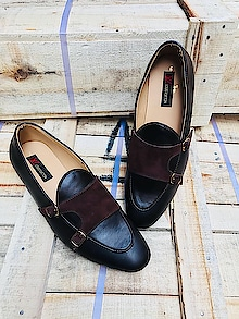 *🎊 *BRANDED Loafer 🎊 🎊 *AWESOME QUALITY* 🎊 ♨*_Louis Vuitton ♨💥 💥💥high quality 💥💥 ♨♨♨♨New article 💥💥   *(SIZE: UK 7-8-9-10 )*  @ 1050 +⛵ 👞👞👞👞 💐