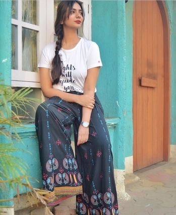 Get some summer boho inspiration  Go to www.kirandani.blogspot.com to find out more Tshirt- @printoctopus  Printed Palazzo- @globaldesi  #summerstyle #lookbook #mumbaifashionblogger #indianblogger #roposoblogger @roposocontests @roposotalks #influencer