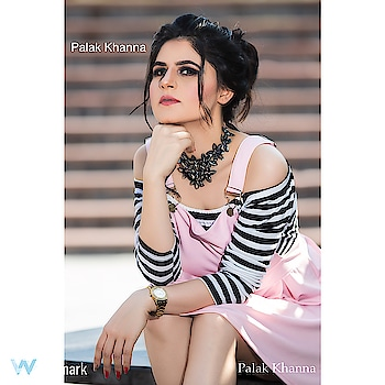 Great Makeup starts with healthy glowing skin 🌸 ————————————––—– Makeup & Hair ~ @palakkhannamakeovers  Captured by ~ @adityamungsephotography —————————————— DM for bookings and enquiries 📩 Facebook ~ https://www.facebook.com/PalakKhannaMakeovers/ Snapchat ~ Palak Khanna ———————————————————— @maccosmetics @urbandecaycosmetics @makeupstudioindia @maybelline @paccosmetic @narsissist @anastasiabeverlyhills @kyliecosmetics @hudabeauty @morphebrushes @toofaced ______________________________________________ #palakkhannamakeovers #makeupartist #indianmua #maccosmetics #urbandecay #blackandgoldeyes #goldfoil #lashes #narcissist #anastasiabeverlyhills #makeupstudio #maybelline #apparelshoot #velvetdress #kyliecosmetics #hudabeauty #beautyinfluencer #makeuplife