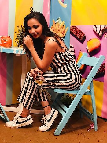 """Black and white always looks MODERN""  #fashionblogger #fashiongram #bloggerlife #bloggerfashion #instagram #forever21 #plixxobypopxo #plixxoinfluencer #plixxoblogger #bloggergirl #blogpost #fashionpria #fashiondiaries #hoildayfun #fashionicon #fashionoftheday #fashionphotography #shoot2kill #shootingday #rosopoblogger #rosopo #rosopolove #rosopotimes #fashionistas #fashionpria #instablogger #instalife #instafashion"