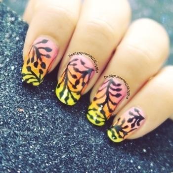 Ombre 🌸 leaves🍃 #designyournailsbyisha #ishanailart #nailartcollab #naildesigns #lovenailart #lovetodonailart #nailswag #nails #nails2inspire #notd #youtubber #nailartblogger #nailartjunkie #💅🏼 #leavesnailart #ombrenails
