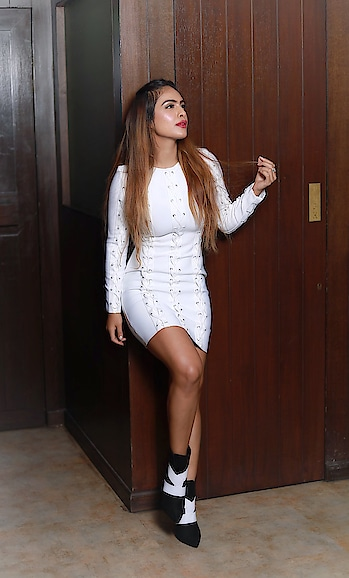 Things aren't the same accept this.. they are going to get better know this ♥️♥️♥️ : White super classy outfit from my fav ♥️ @paparazzicloset ♥️must follow them ♥️😍 : Super sexy boots @egoofficial 👢👢 : #boldandbeautiful #whiteisright #whitelove #whiteoutfit #whitedress #white #classy #beautiful #itslit #litaf #fashion #fashionblog #fashionshoot #fashionblogger #indianblogger #sexy #indianfashionblogger #styleblogger #nehamalik #model #actor #blogger #bloggerstyle #instagood #instafollow #instafashion #instagram #instalike : : Photography @horilhumad  Mua @makeupbyvaish