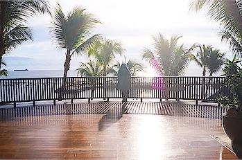 ~ I want to go back to this amazing place 💛 . . . #fashion #maurice #ilemaurice #mauritius #roposo #picoftheday #gorgeous #love #holidays #island #beauty #beautiful #amazingplaces #vacation #lifestyle #lifestyleblogger #blogger #bblogger #trip #hotelintercontinental #beautifuldestinations
