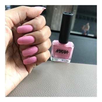 Perfect Monday with pink malibu 💅🏻 @mynykaa #nails #naturalnails #chromenails #nailpaint #nykaanails #nykaa #mynykaa #nailfashion #nailstyle #nailart #nailsofinstagram #nailsaddict #fashiongram #stylegram #style #fashionblog #fashionblogger #styleblogger #trends #lookbook #looksgood #ootdmagazine #ootd #ootdshare #fashionphotography #nailsdone #lovemakeup #mua #tbt #cosmetics #roposolove #soroposo #roposo #roposogal #roposofiles #roposonails #roposonailstory #roposonailart #roposoblogger #roposofashionblogger #roposostyle #roposostylefiles #roposofollowerslove #ropossofollow #beautyessential