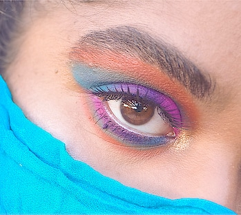 ~ Colorful Matte Eye Makeup 💖💜💙💚🧡 . . . Do you like colorful makeup ? 😏 . Products used:  🌸 morphebrushes 35B Color Burst Palette  🌸 kyliecosmetics Sipping Pretty Palette  🌸 hudabeautyshop Rose Gold Remastered Palette  🌸 maybelline Great Lash Mascara  🌸 inglot 15S False Eyelashes  —— #colorfulmakeup #colorful #eyesmakeup #roposo #makeup #makeupart #coloredmakeup #blogger #bblogger #beautyblogger #beauty #beautiful  #picoftheday #fashion #gorgeous #love #makeupblogger #arabicmakeup #makeupinspo #makeupporn #makeupmafia #slave2makeup