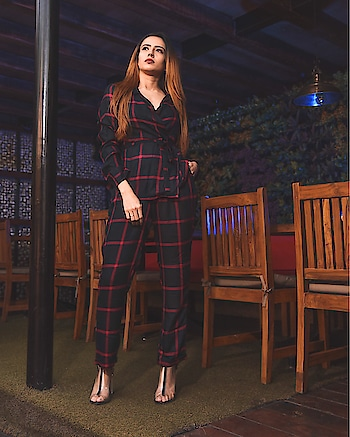 #missamore #missamoreclothing #shootdiaries #winter #plaid #blogger #delhibloggergirl