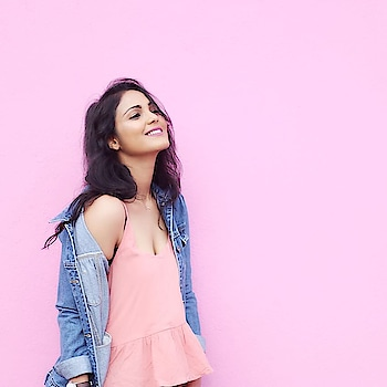 Blue or pink which one do you chose ?  #pastel #pink #blue #smile