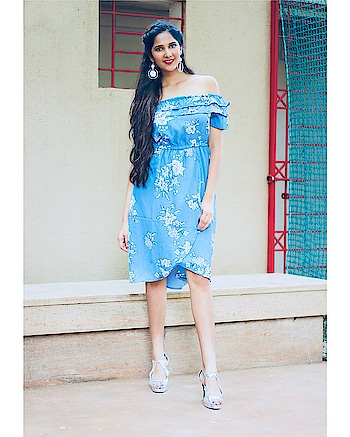 Keep it classy in a bardot dress. Sophisticated and cute, @rareprive bardot dresses are a must-have this season! //shop from myntra ⠀⠀⠀⠀⠀⠀⠀⠀⠀⠀⠀⠀⠀⠀⠀⠀⠀⠀⠀⠀⠀⠀⠀⠀⠀⠀⠀⠀⠀⠀⠀⠀⠀⠀⠀⠀⠀ ⠀⠀⠀⠀⠀⠀⠀⠀⠀⠀⠀⠀⠀⠀⠀⠀⠀⠀⠀⠀⠀⠀⠀⠀⠀⠀⠀⠀⠀⠀⠀⠀⠀⠀⠀⠀⠀ ⠀⠀⠀⠀⠀⠀⠀⠀⠀⠀⠀⠀⠀⠀⠀⠀⠀⠀⠀⠀⠀⠀⠀⠀⠀⠀⠀⠀⠀⠀⠀⠀⠀⠀ Shot by:- @yash_bhatwal_photography  MUAH:- @letsblend__  #bardot #bardotdresses #offtheshoulder #bluedress #floral #rareprive #rare #myntra #classydress #photography #makeup #hair #twistedhair #earrings #accessories #offtheshoulderdress #mumbaiblogger #indianblogger #blogging #outfitoftheday #saturdaystyle