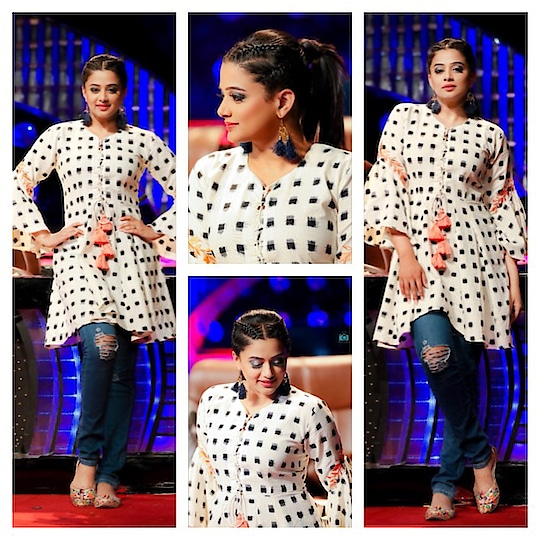 Tunic by @zanaashbysumedhatak..styled by #meheknavinshetty ..#dhee10 #etv