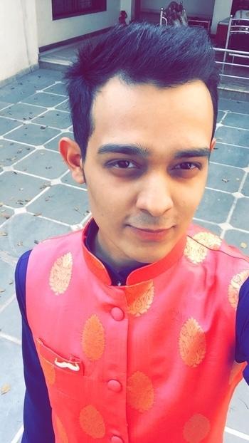 #weddingdiaries #brocade #jacket #royalblue #ethnic #love #ahmedabad #designers #riteshrunit #moustache #multipin #mr.romeo