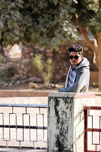 If u are never failing 🙅♀️your dreams 🌥 are too easy  #goodmorning #goodmorningpost #igers #me #sexy #tbt #lookbook #sun #sunglasses #pose #hairstyles #instagram #instagood #fashionblogger #model #followforfollow #tagsforlikes #bundi #fort  Pc:- @_aman.soni_  @_kishan_swarnkar_