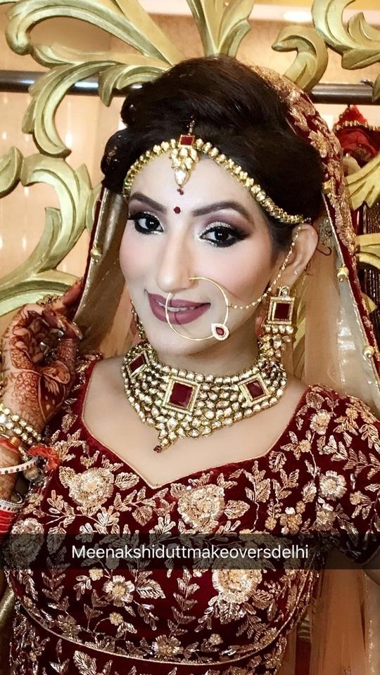 Beautiful bride looks super elegant with blended eyes and Matt light wine lips  #makeup #meenakshidutt #meenakshiduttmakeoversdelhi #muadelhi #muaindia #bridalmakeupartistindia #makeupartistsworldwide #makeupartistindia #indianbridalmakeupartist #weddingmakeup #makeupacademy #indianbridalmakeup #bridalmakeup #bridesofindia