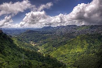 Aizawl #city is built on a ridge nearly 4,000 ft. above sea-level. Talk about living on the #edge! PC: Fixingshadows, Flickr #love #wow #amazing #travel #travelbug #instatravel #wanderlust #see #gameoftones #incredibleindia #photography #photooftheday #india #weekendgetaway #explore #getaway #Mizoram