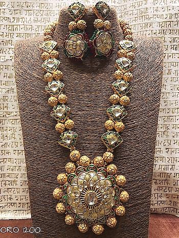 Lohri pearl long necklaces #payalsinghallehenga  #punjabiwedding #earrings #jhumki #chapka #chandbali #dropearrings #neckpiece #newcollection #kundan #kundanjewellery #polki #ad #meenakari #satladahaar #ranihaars #bride #braids #bridal #shopping #punjabi #punjabijewelry #fashion #fashionearrings #fashionblogger #fashionforever