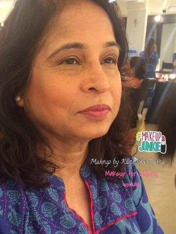 Doing makeup for the elderly woman! Truly an art which can make every woman beautiful. Thank you @pinkysharmaa for letting me practice on you.  . . #sigmabrushes #delhimakeupartist #makeupartist #makeuplover #makeupaddict #makeup #lancome #twofacedcosmetics #mac #makeupmurah #followme #likesforlikes #instamakeup #makeupbykanishkabatra #mac #mua #tagsforlikes #makeup #makeupartistindia #makeupjunkie