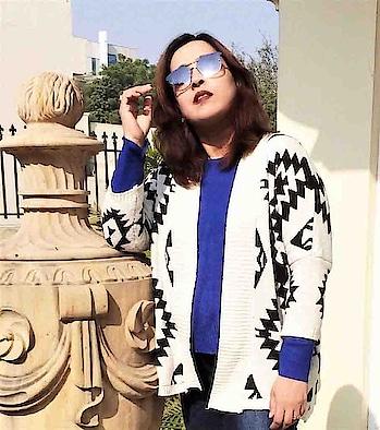 All about wearing prints in winter! New post up on DeeSayz.com 👉🏻 Link is in bio 🍁 . . . #prints #patterns #winterfashion #newpost #postalert #fashion #fashionblogger #fashionblog #delhiblogger #delhigram #outfit #ootd #style #blogger #bloggerfashion #chic #sophisticated #minimalist #wiw #whatiwore #trendy #instafashion #instaphoto #picoftheday #postoftheday #dailyblogger #stylish #sammydress #sammydressfashion