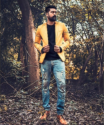 Fashion is the armour to survive the reality of your everyday life 💛🤘🏻 Zara blazers  H&M black T H&M jean  Vans brown shoe  #rops-style #roposo #roposome #ropo-love #ropo-good #roposomen #fashion #fashionista #be-fashionable #men-fashion #bearded #bearded-men #beardsofinstagram #beardgame #zara #h&m #seiko #vans #chennaipaiyan #chennai