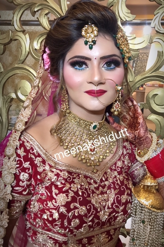 Glamorous #bridallook at #meenakshiduttmakeovers #MDM #meenakshiduttmakeoversdelhi #meenakshiduttmakeoverschandigarh #meenakshiduttmakeoverskanpur #meenakshiduttmakeoversamritsar #makeupexpert #hairandmakeup #makeup and eyes makeup #makeupacademymakeupschool #learnmakeup #professionalmakeupartist #bridalmakeup #bridalmakeupartist #indianbeauty #indianbride #bridalmakeupartist #bridalmakeupartist #bridalmakeup #makeupartistindia #makeupartistdelhi