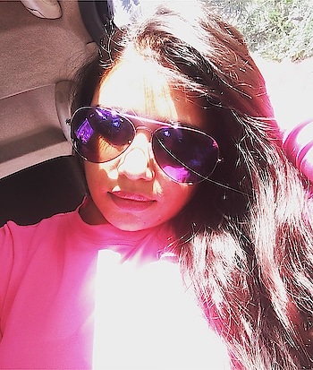 Thurdayvibes#pink#day#gymwear#neonpink#highnecktop#comfortfashion💖💖💖