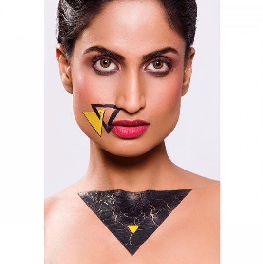 Here's another one from our recent editorial feature!   *** SYMMETRY ***  Photography | @pravinpatilphotography  Model | @deeptiimohanofficial  Make-Up & Hair | @sumeet_ghosalkar  Retouching | @aaditya_kadam  Agency | @cocktailstylemanagement  #fashionphotographer #photographers #photographer #fashion #beauty #model #international #india #mumbai #indianphotographer #LookBook #editorial #canon #eyes #stylist #makeup #portrait #fashionblogger #blogger #bloggercollaboration #lifestyle #lifestyleblogger #mood #instafame #symmetry #feature #bodyart #bodypaint #face #internationalfashion
