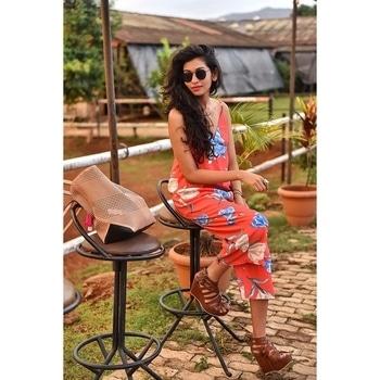 #thekneehighsocks #fashionblogger