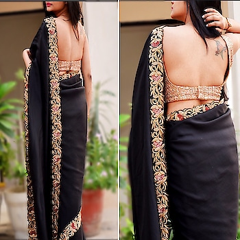 Bespoke dabka resham sequins work on a pure silk saree❤️ Reach out to us at contact@colorauction.com or DM for price and other details. Check out our exclusive collection only at https://colorauction.com  #bespoke#dabka#handembroidery#sequins#black#handwork#ethnic#silk#customized#customizedesign#ootd#ootdfashion#womenclothing#stylepost#trending#ontrend#whatstrending#handembroidery#fashionpost#trends#exclusive#exclusive_shots#fashionphotography#weddingseason#weddingdiaries#startup#startuplife