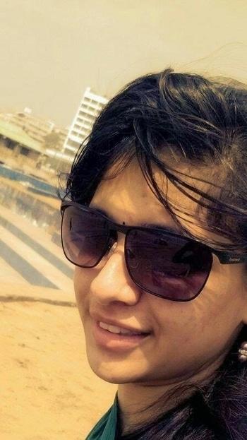 Sunglasses 😎 #sunglasslove #selftime #roposotalks #roposolove #roposoaddict #loveforeyewear #fastracksunglasses #beachfashion