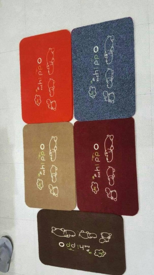 Vbc Door Mat embroidary new item   fully washable 6 designs size 38*58 rs 250/-+$per peice